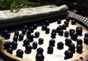 how to make raisins
